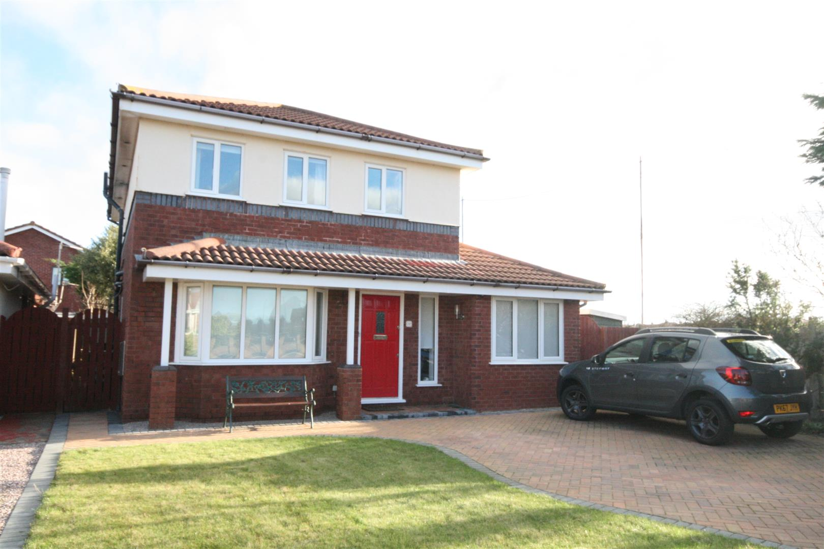 4 Bedrooms Detached House for sale in Vernon Road, St Annes